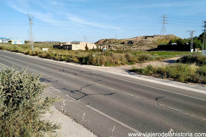 Cruce carretera de Yecla SL-CV 86