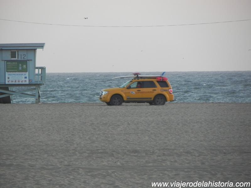imagen de los vigilantes de la playa, Los Angeles, California