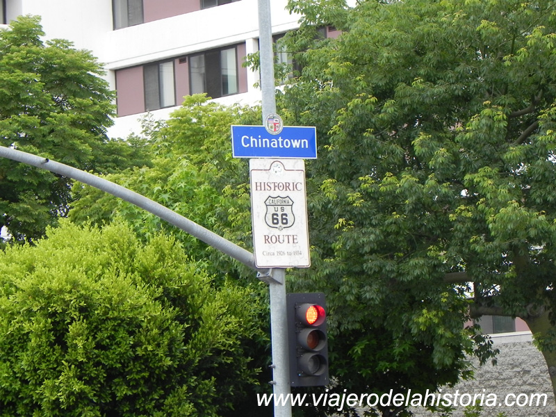 imagen de acceso a Chinatown, Los Ángeles