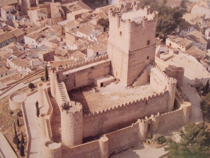 imagen de Vista aérea del Castillo de la Atalaya, Villena, Alicante