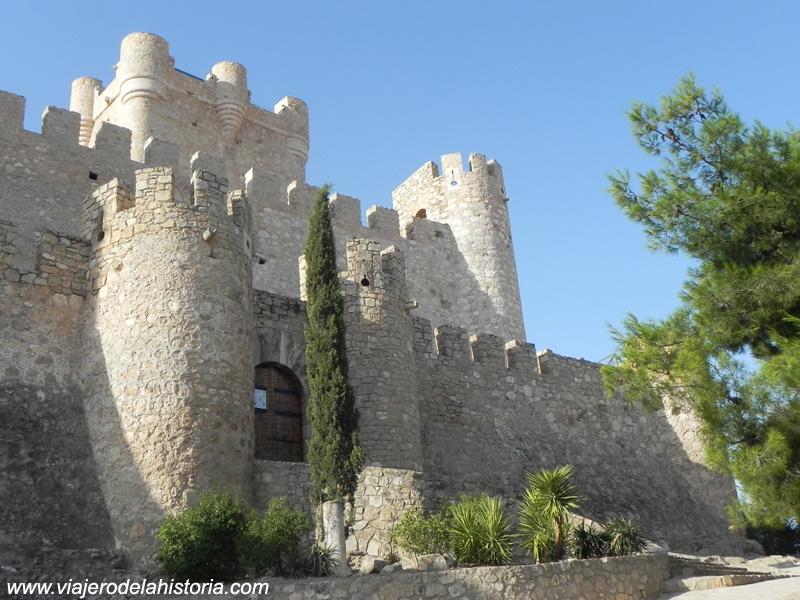 imagen de Fachada principal del Castillo de la Atalaya, Villena, Alicante