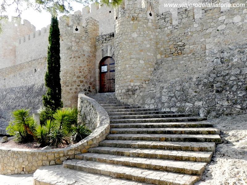 imagen de Puerta de acceso al Castillo de la Atalaya, Villena, Alicante