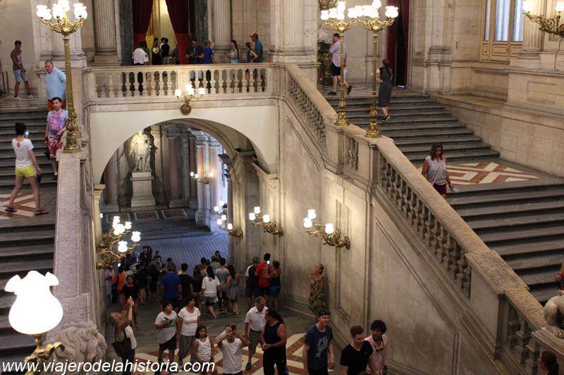 imagen de Escalera Principal del Palacio Real, Madrid