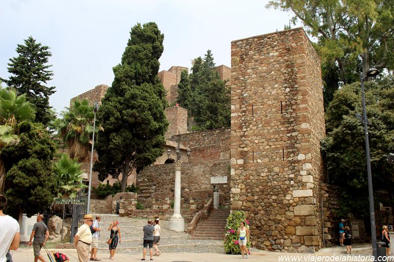 imagen de acceso a la Alcazaba de Málaga