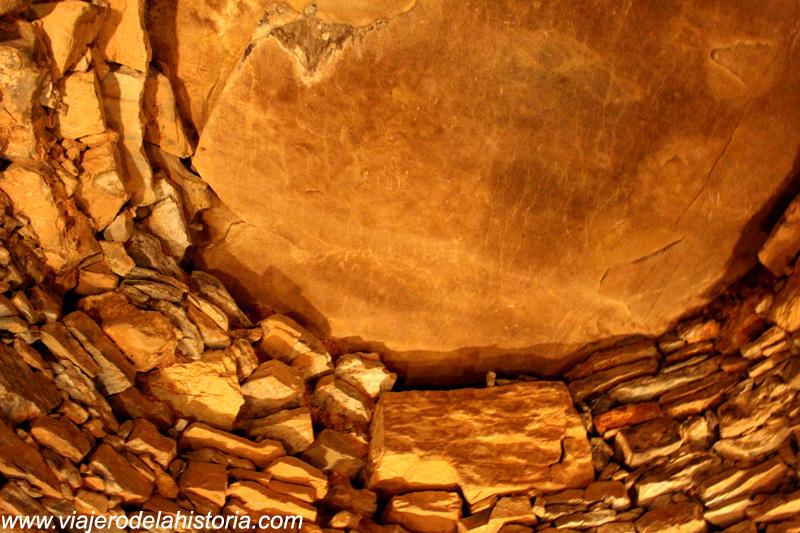 imagen de Detalle de la bóveda de mampostería del Tholos del Romeral, Antequera, Málaga