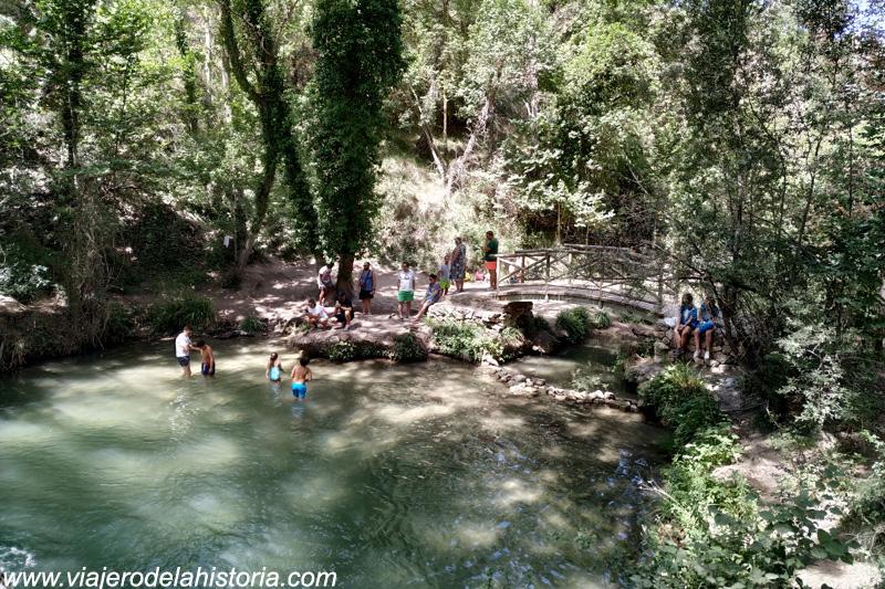 imagen de Piscina natural en la zona de acampada del Molí de l'Ombria