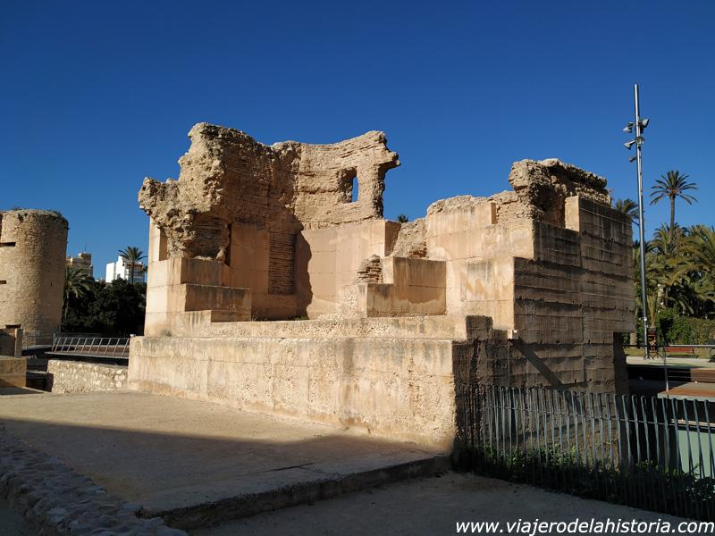 imagen de Restos de muralla en el Palacio Altamira, Elche, Alicante