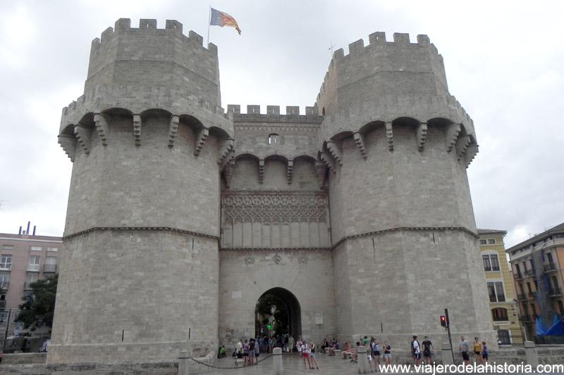 foto de las Torres de Serranos, Valencia